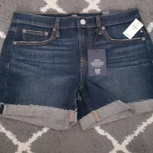 Brand new Gap shorts